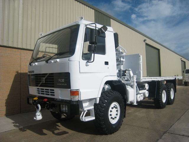 Volvo FL12 6x6  cargo platform truck