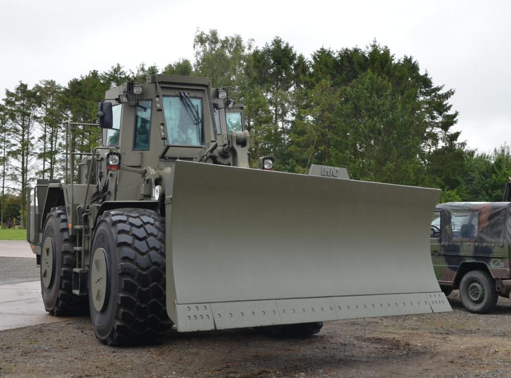 Caterpillar Armoured Wheeled dozer  972G