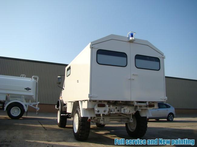 Mercedes Unimog U1300L 4x4 cargo van LHD for sale
