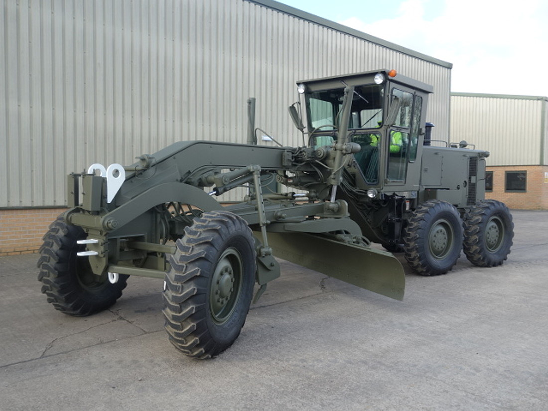 Caterpillar 130G motor grader for sale | military vehicles