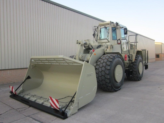 Caterpillar 972G Armoured Wheeled loader  (MOD and NATO Disposals)