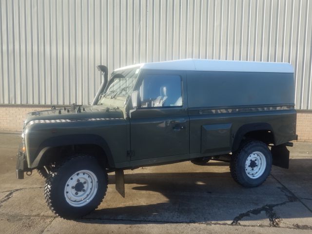 Land Rover Defender 110 300tdi  for sale. The UK MOD Direct Sales