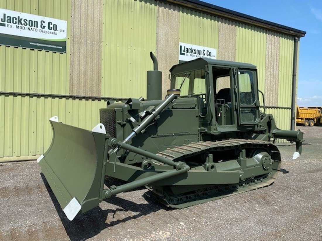 Caterpillar D6D Dozer with 3 shank Ripper  military for sale