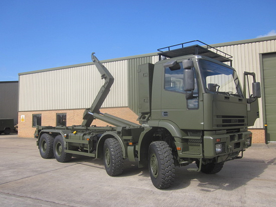 Iveco 410E42 EUROTRAKKER  8X8 LHD hook loader with multilift system for sale | military vehicles