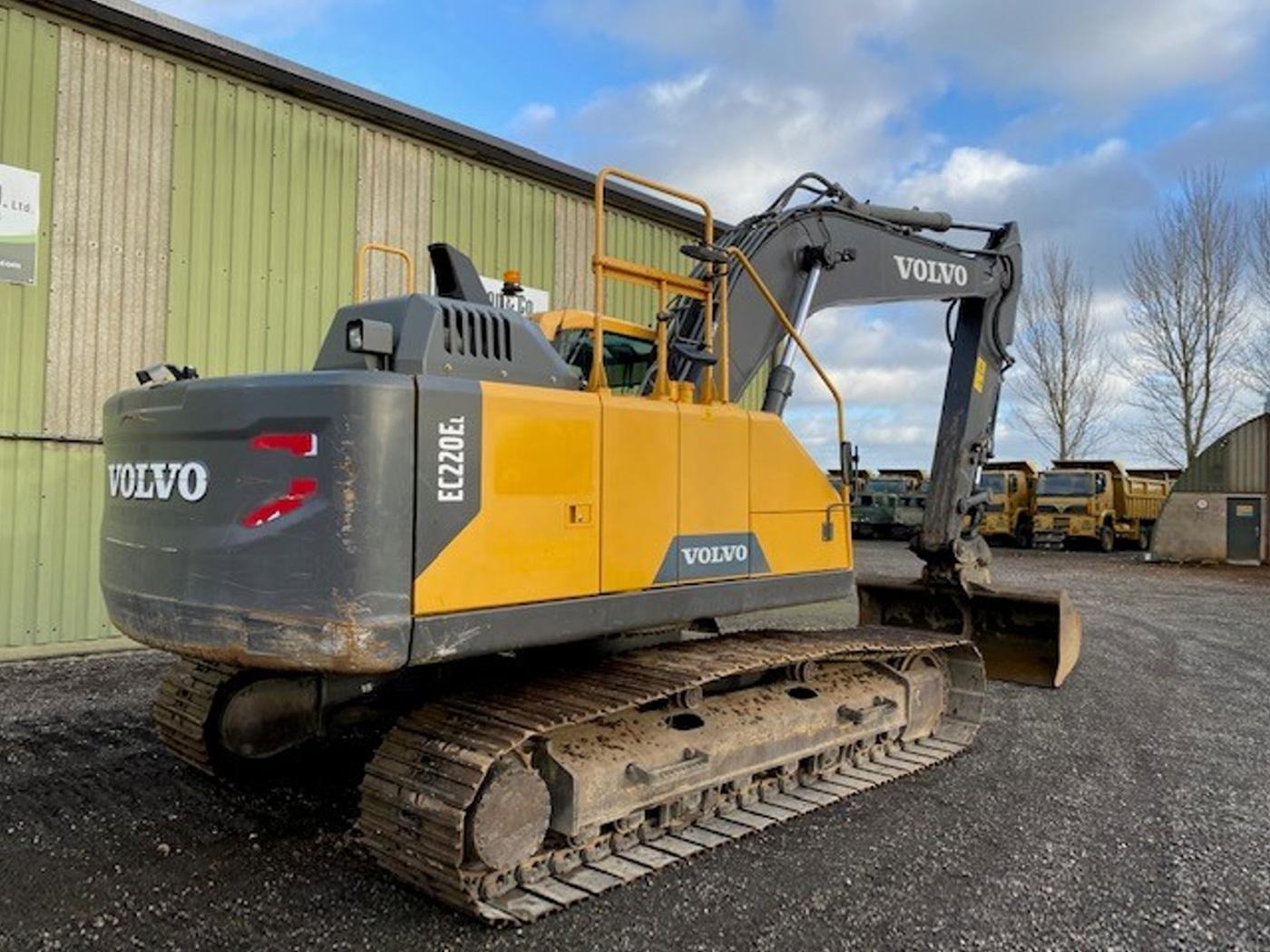 Volvo EC220 EL Excavator 2015 for sale