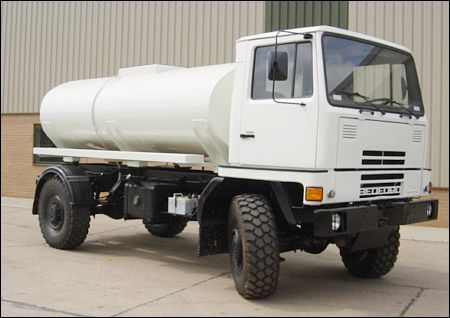 Bedford TM 4x4 Tanker Truck 9.000l | used military vehicles for sale