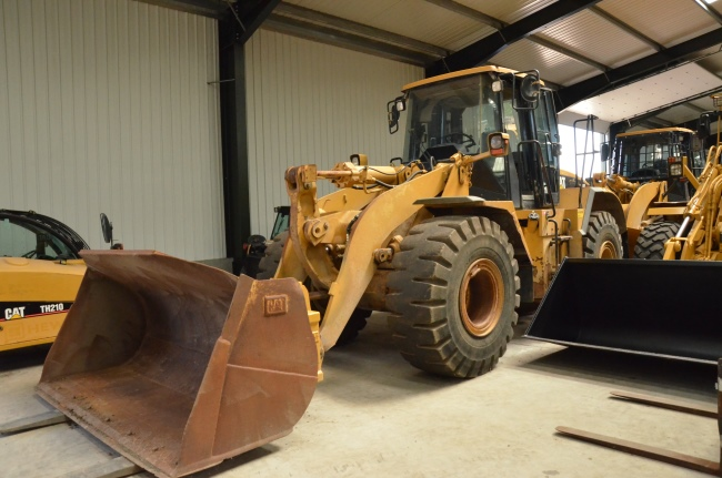 WAS SOLD Caterpillar 950 G tool handler  loader