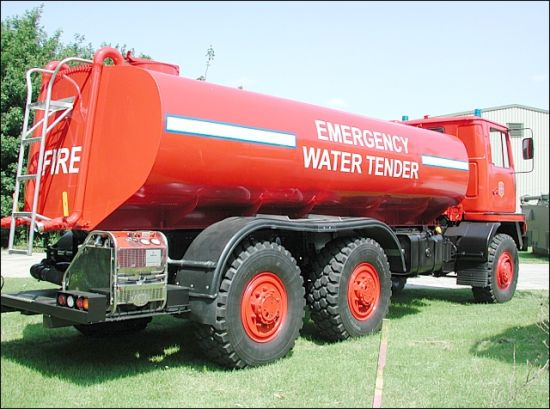 Bedford 14,000L Emergency Water Tanker 6x6 for sale | military vehicles