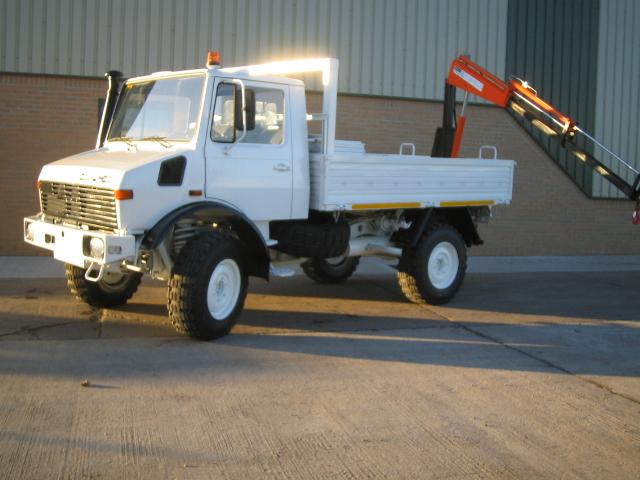Mercedes Unimog U1300L crane truck for sale | military vehicles