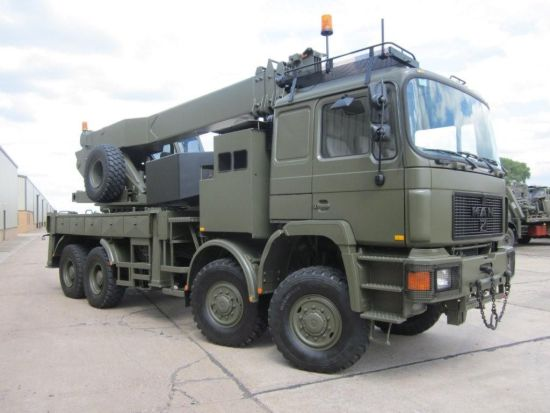 MAN 41.372 8x8 LHD recovery/ 28t crane truck  military for sale