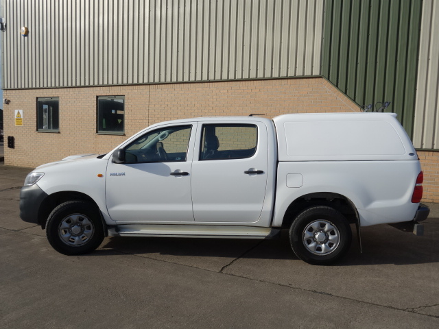 2014 2015 Toyota Hilux 2.5D Active Double Cab Pickup 4WD 4dr | used military vehicles, MOD surplus for sale