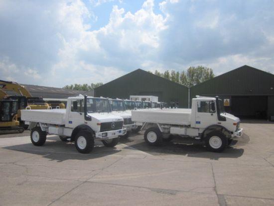 Mercedes Unimog  U1300L 4x4 Drop Side Cargo Truck for sale