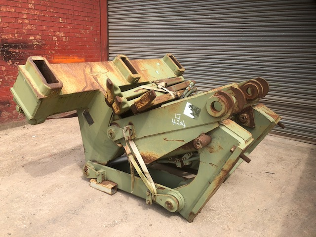 Ripper to suit Caterpillar D7G Dozer complete with 3 shanks for sale | military vehicles