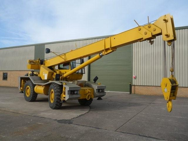 Latest arrivals the Grove RT 620S rough terrain 4x4 20 ton crane
