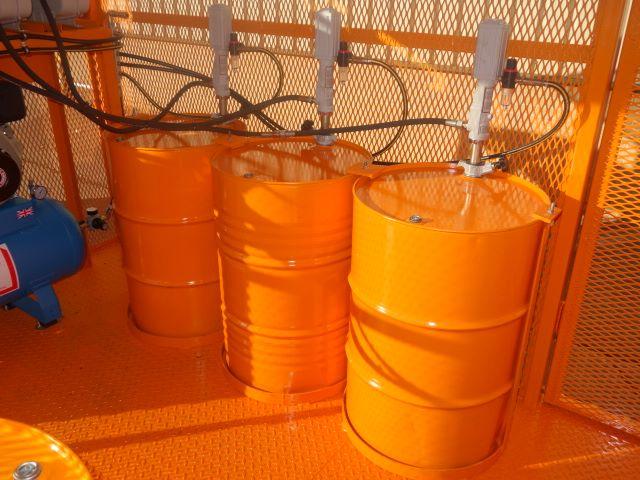 Purpose built to clients requirement a de mountable lube/service