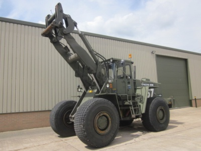 LATEST ARRIVALS: Volvo L160  ex military front loader