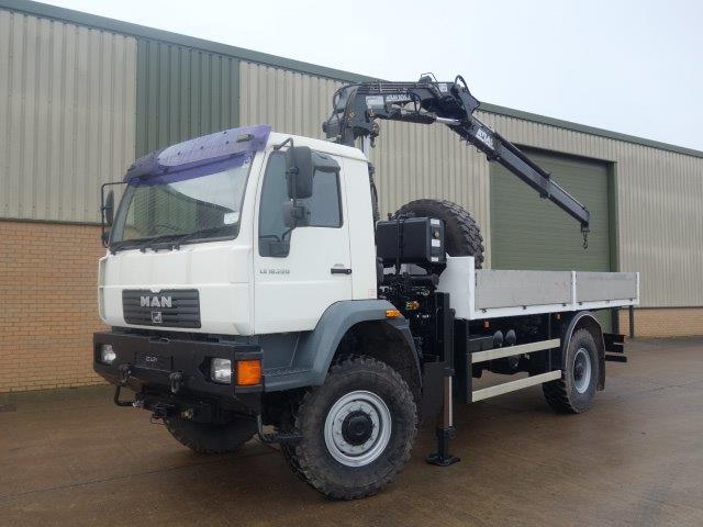 SOLD 2 x Man LE18.220 4x4 crane trucks
