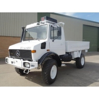 Mercedes Unimog  U1300L 4x4 Drop Truck with A/c for sale in Africa